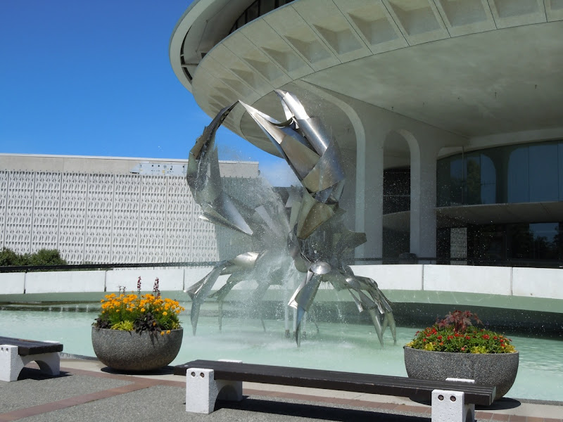 Museum of Vancouver crab fountain
