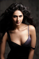 Vaani Kapoor Spicy Photoshoot in Black and White