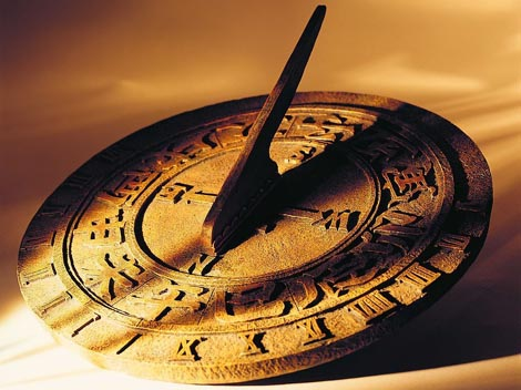 Taken From: http://time-clocks-history.blogspot.ch/2013/09/ancient-time-clocks.html
