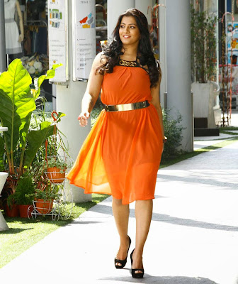 Varalakshmi latest photos