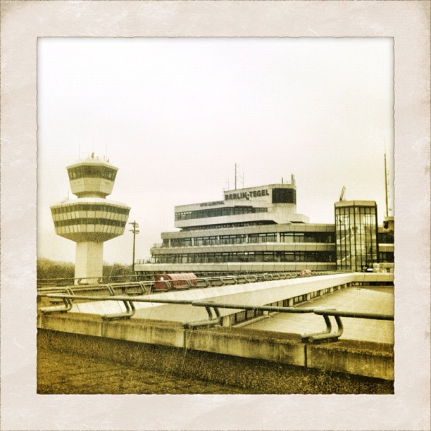 how to get to berlin tegel airport