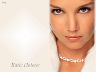 Katie Holmes Makeup Styles