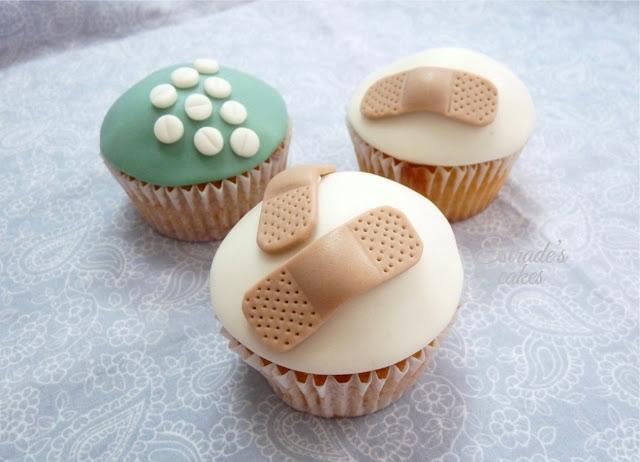 cupcakes con fondant para enfermera de quirofano