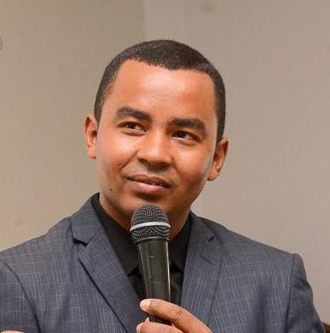 Pastor Luiz Antonio
