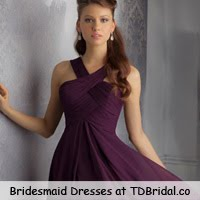 Vestido de dama de honra é na Tdbridal.co