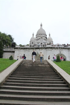 Sacre Coeur: looks devoid of tourists