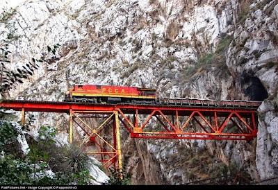 Jembatan Infiernillo