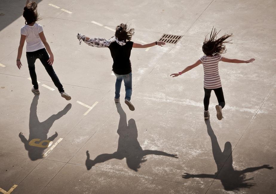 Tre Passi Avanti Testo Della Canzone Per Bambini