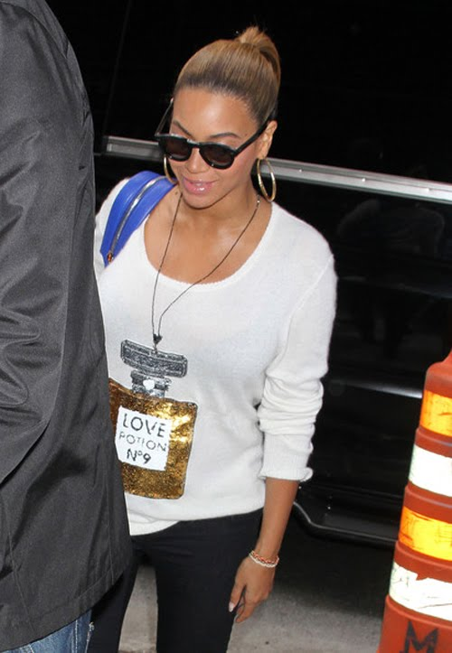 Publish By Celebrity News | Fashion Style | Hairstyle → 1:51 Am
