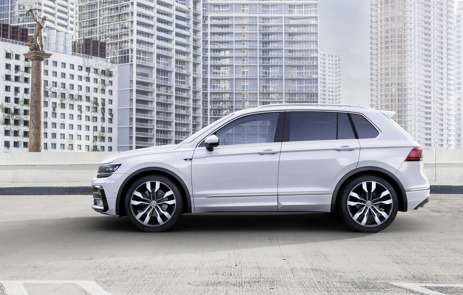 New-2017-VW-Tiguan-3.jpg