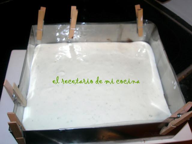 Tarta de yogurt griego, lima y Smack.