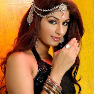 bhojpuri actress poonam dubey walpaper 9.jpg