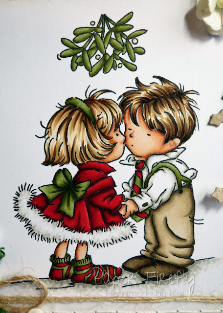 Mistletoe kisses in traditional colours with Kraft