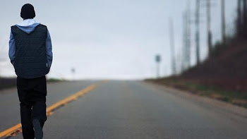Portada de «Recovery», el último disco de Eminem