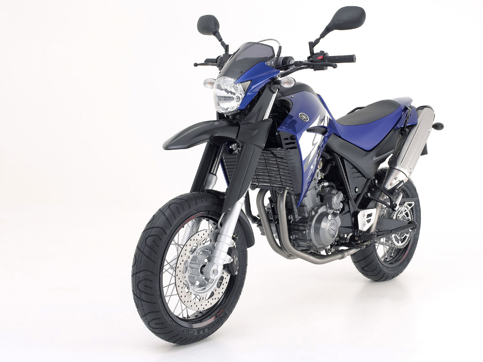 2005 yamaha xt660x motorcycle pictures. Black Bedroom Furniture Sets. Home Design Ideas