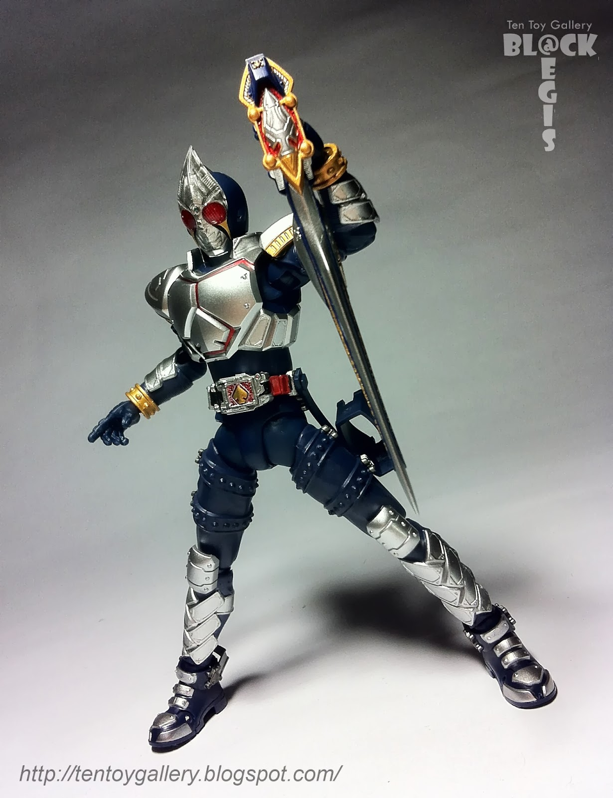 Ten Toy Gallery: Review: S.H.Figuarts Masked Rider Blade