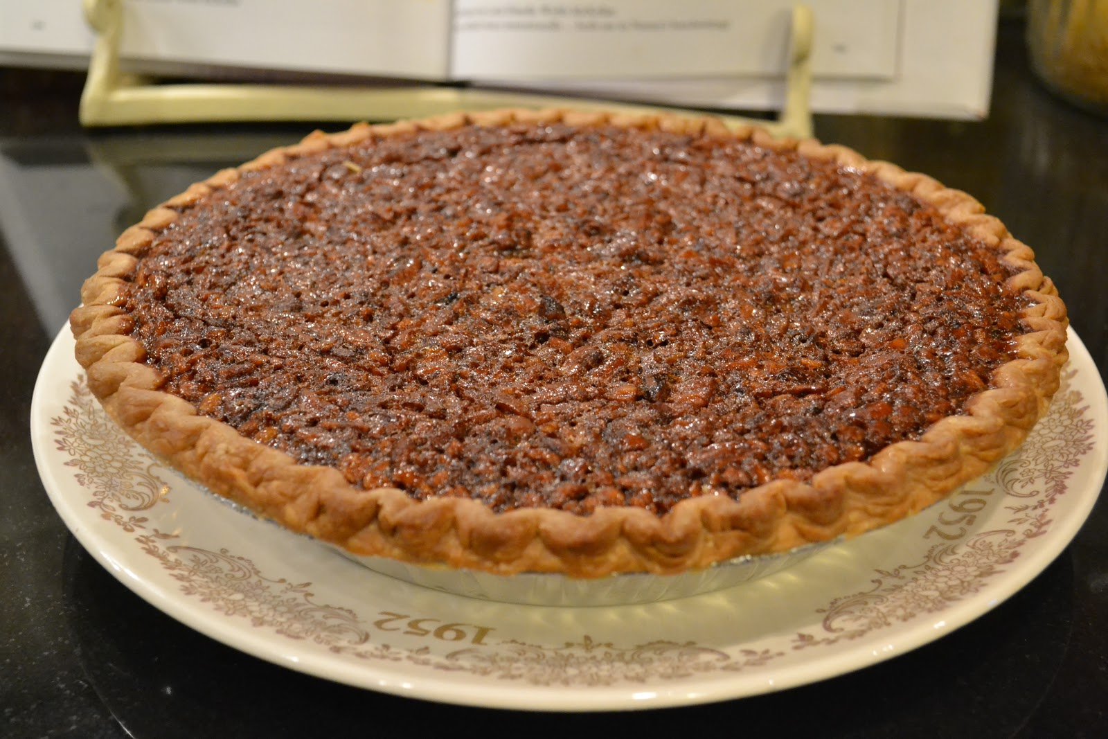 Southern Accents: Nanny's Pecan Pie