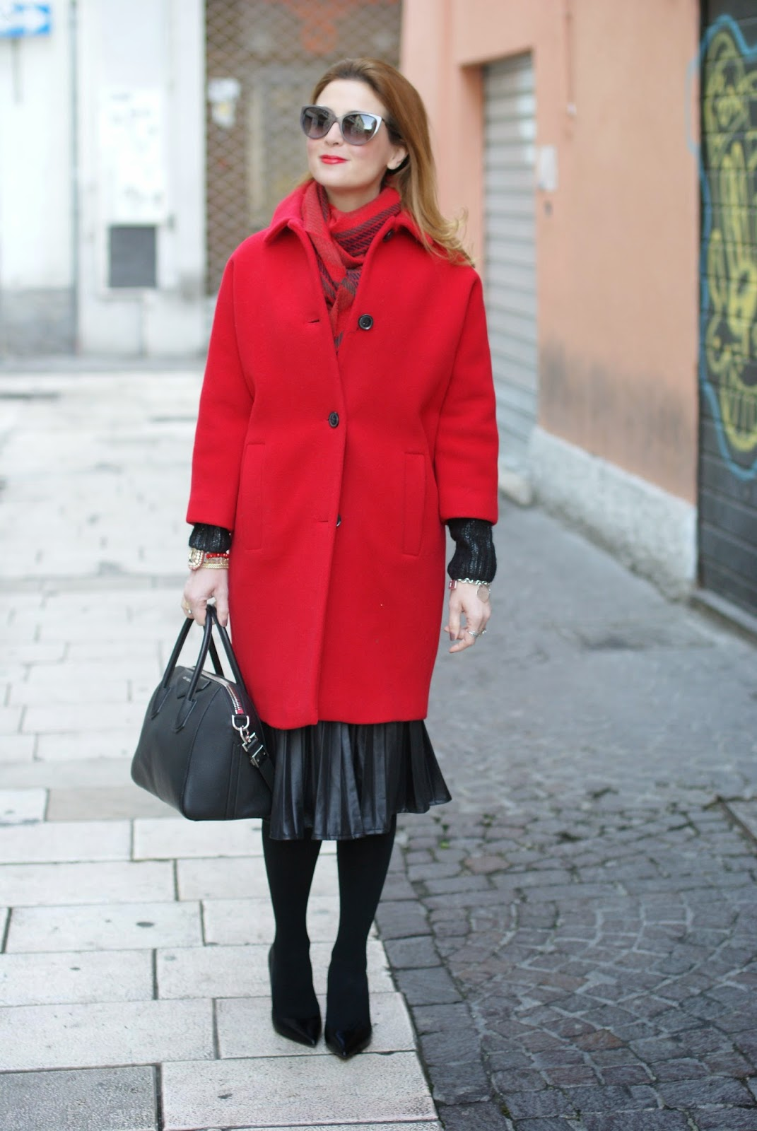 red Kiomi coat, Baracuta scarf, Le Silla pumps, Fashion and Cookies, fashion blogger