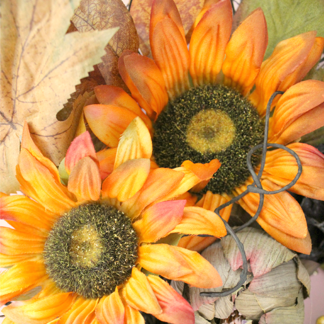 What to do weekends and a sunflower wreath