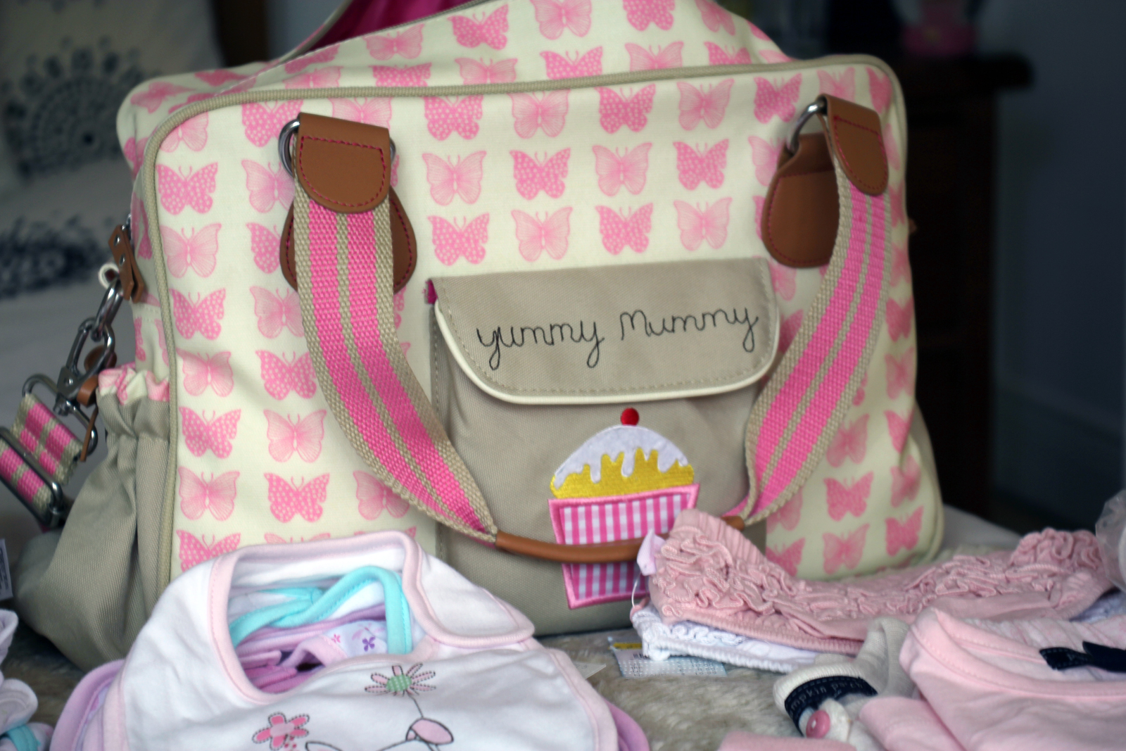 What's in My Baby's Hospital Bag!   Anna Saccone Joly