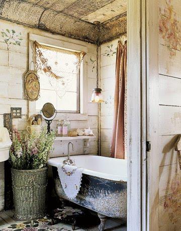 Mist Over Venice: Shabby Chic-Bathroom
