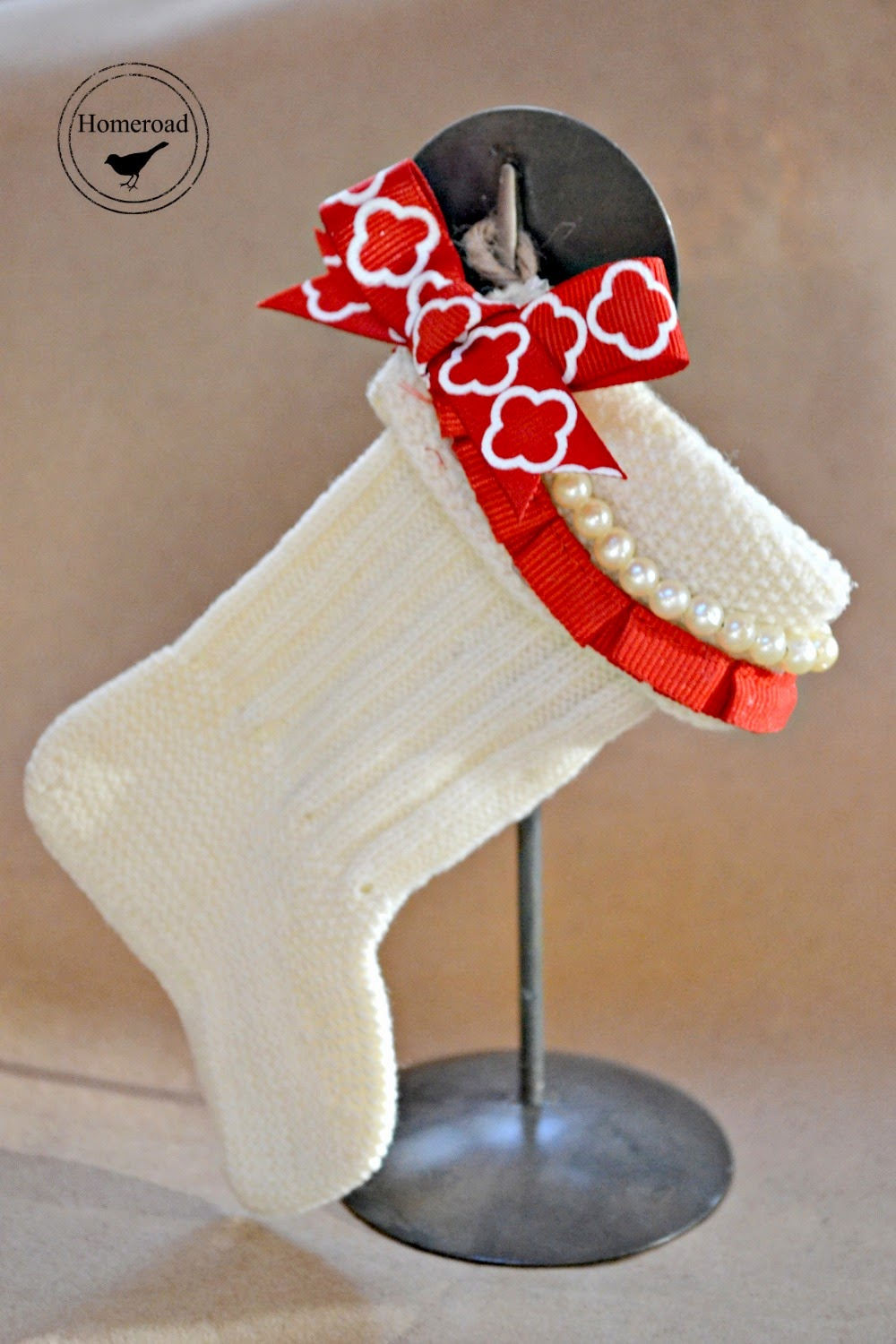 vintage wool baby Christmas stockings www.homeroad.net