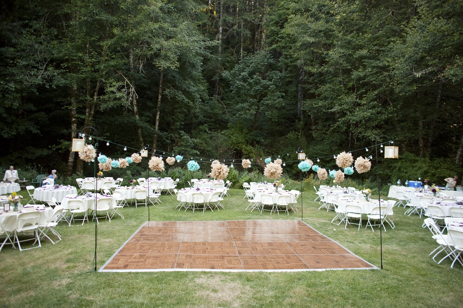 Outdoor wedding dance floor ideas Outdoor Wedding Dance Floor Ideas