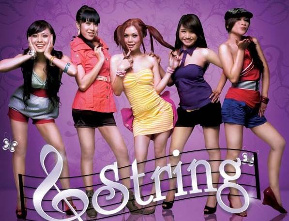 Fenomena Boy/Girlband di Indonesia G-String