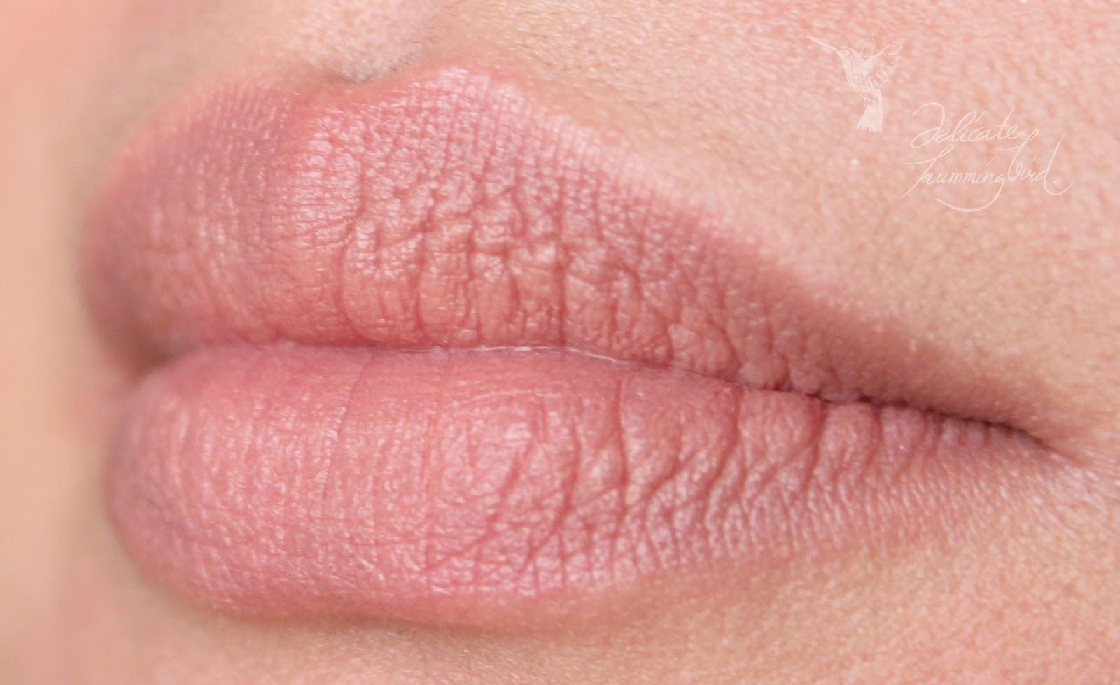 Спермачка на губах 16 фотография