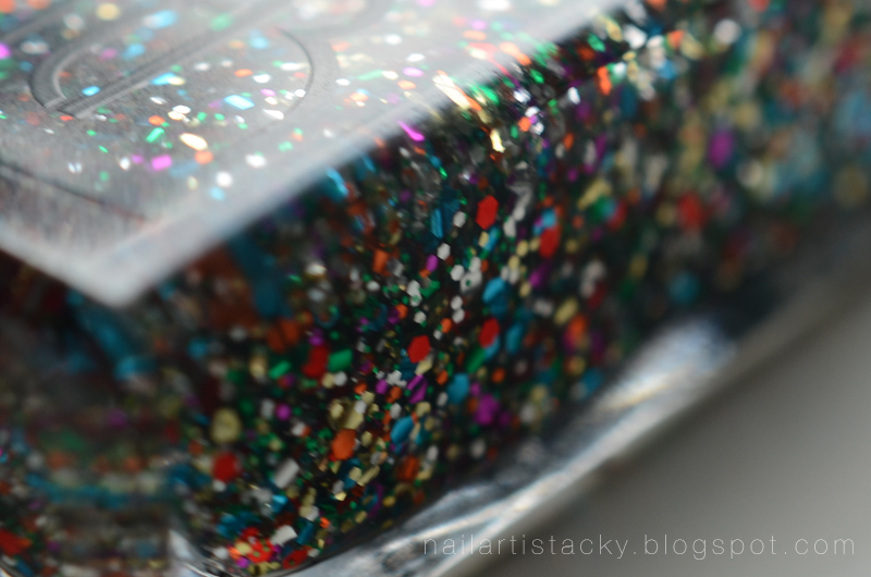 American Apparel Supernova Glitter Nail Polish Review
