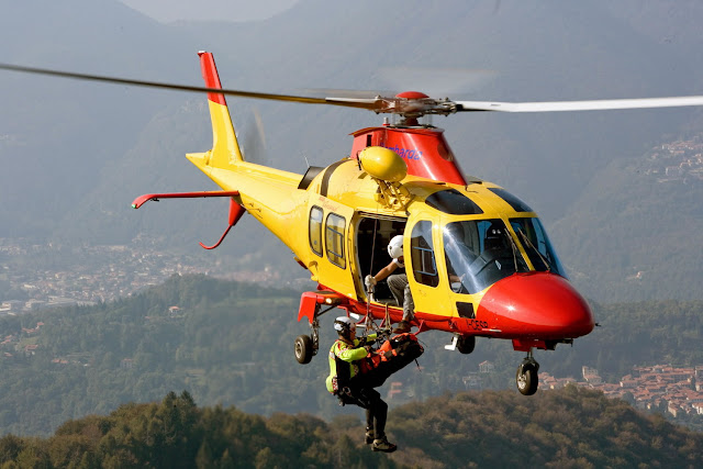 Gambar Helikopter Agusta Westland AW 109 - 06
