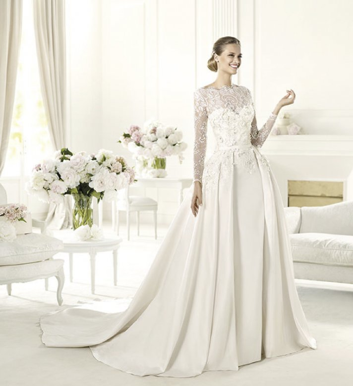 Wedding dresses 2013 elie saab wedding style guide for Elie saab wedding dress 2013