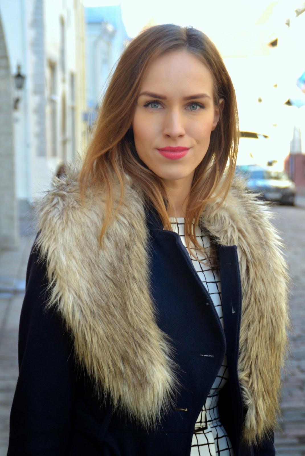 zara-top-hm-faux-fur-collar-asos-blue-wool-coat kristjaana mere
