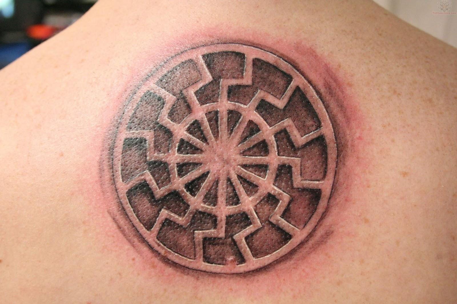 Черное солнце татуировка фото