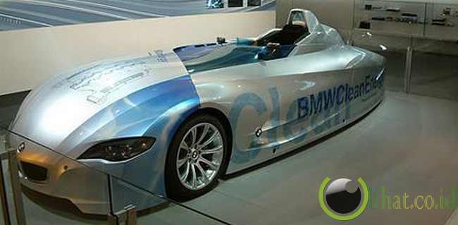 BMW HR2 Hybrid Car