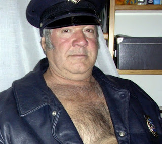 men's hairy chest