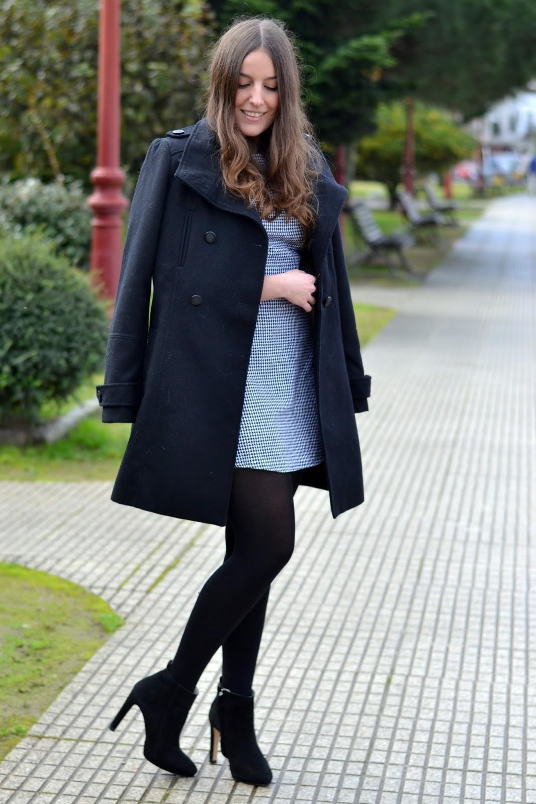 pull&bear black coat
