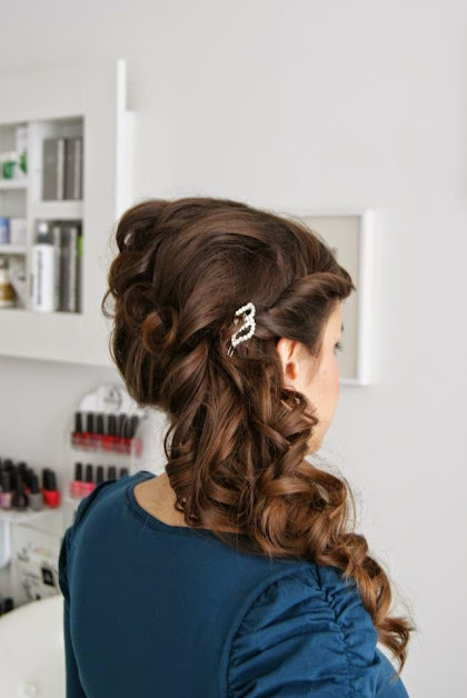 fryzura ślubna 44