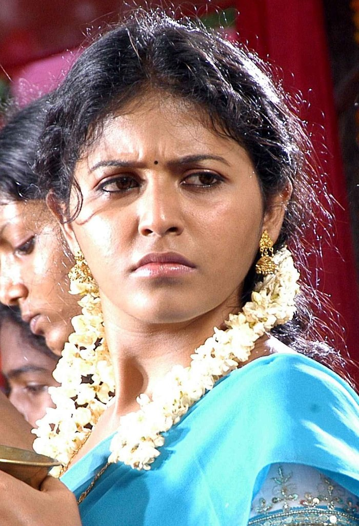 Actress Anjali sexy hot photos | Singham Actress