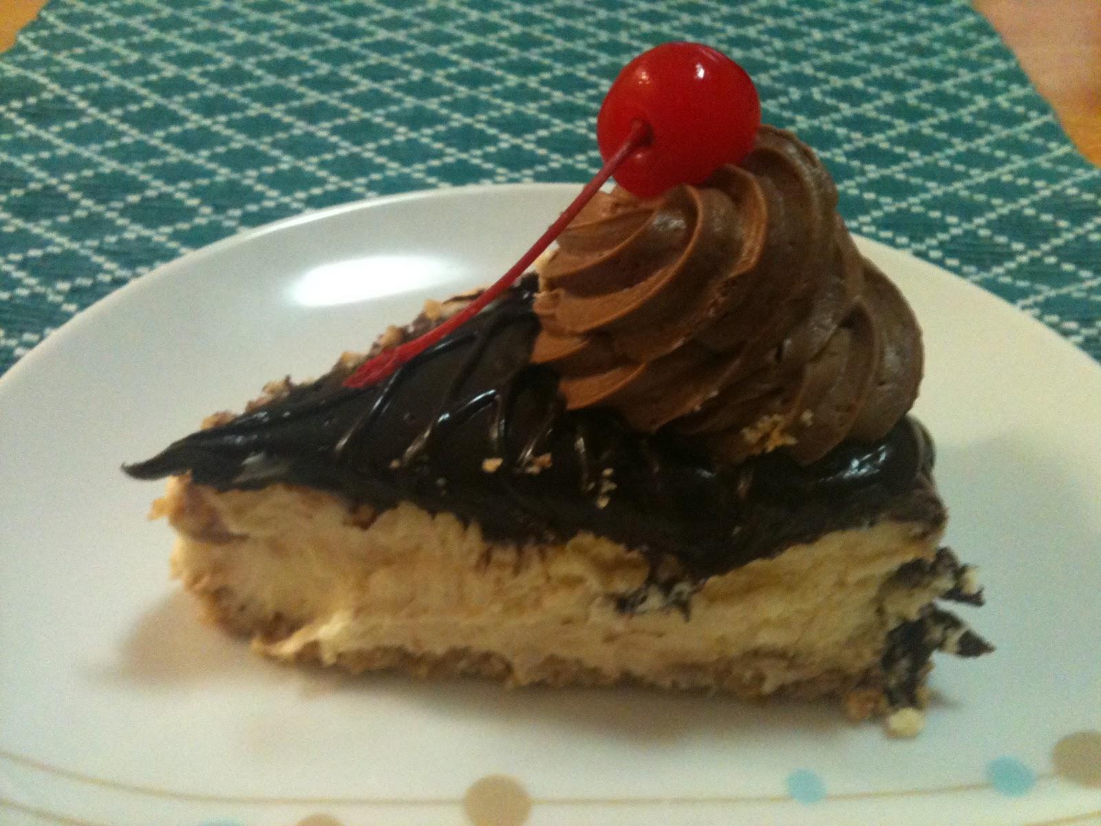 hungrystudentsMQ: Mississipi Mud Cheesecake