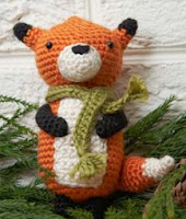 http://www.redheart.com/free-patterns/fox-ornament