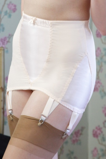 Opinion you women wearing panty girdles and stockings that necessary
