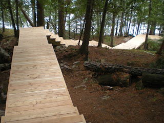 Cedar, stairs, ely, mn, http://huismanconcepts.com/ log homes