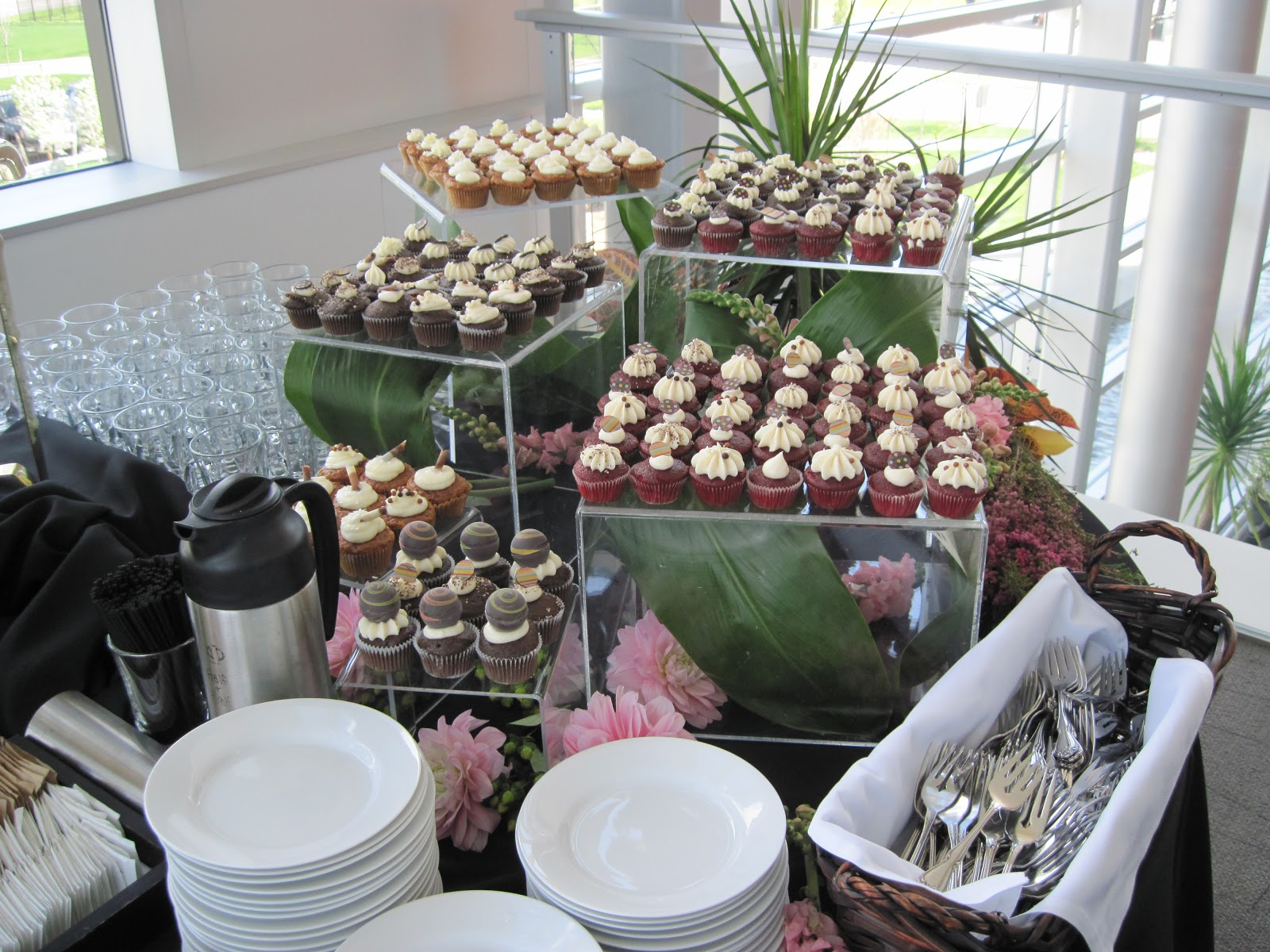Tony Rosacci's Fine Catering: Decor and Buffets
