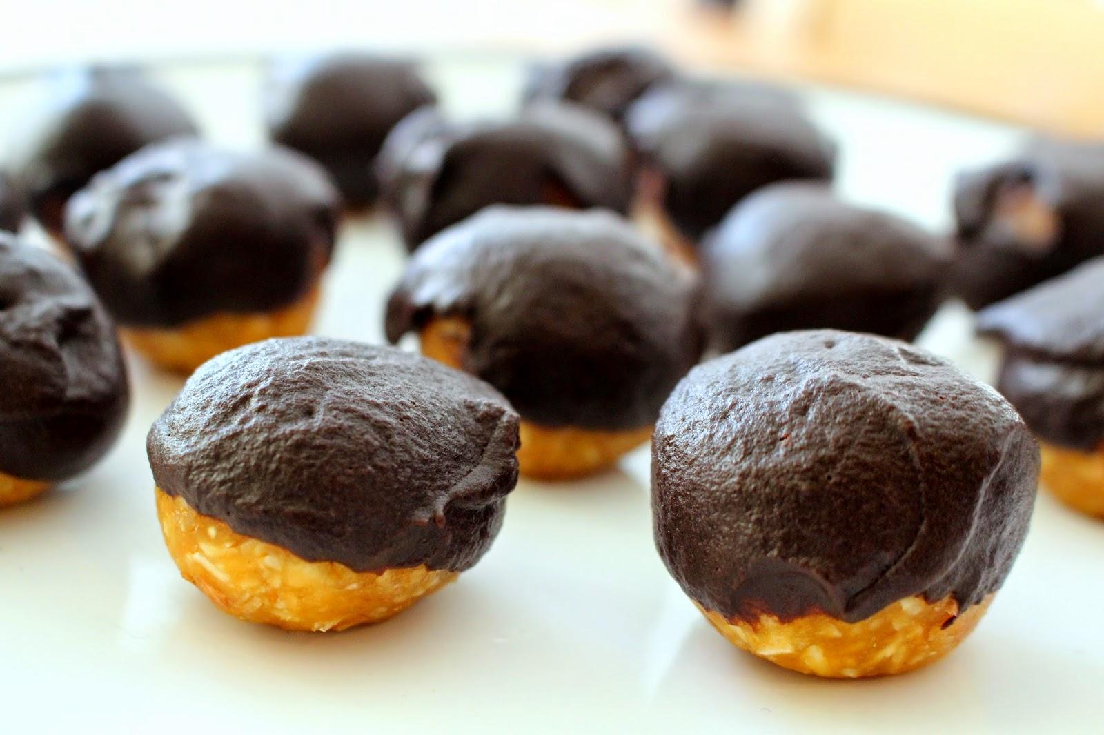 Life of Jana: Healthy Peanut Butter Truffles