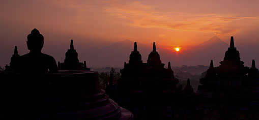 Borobudur Magnificence Sunrise Tour Pack