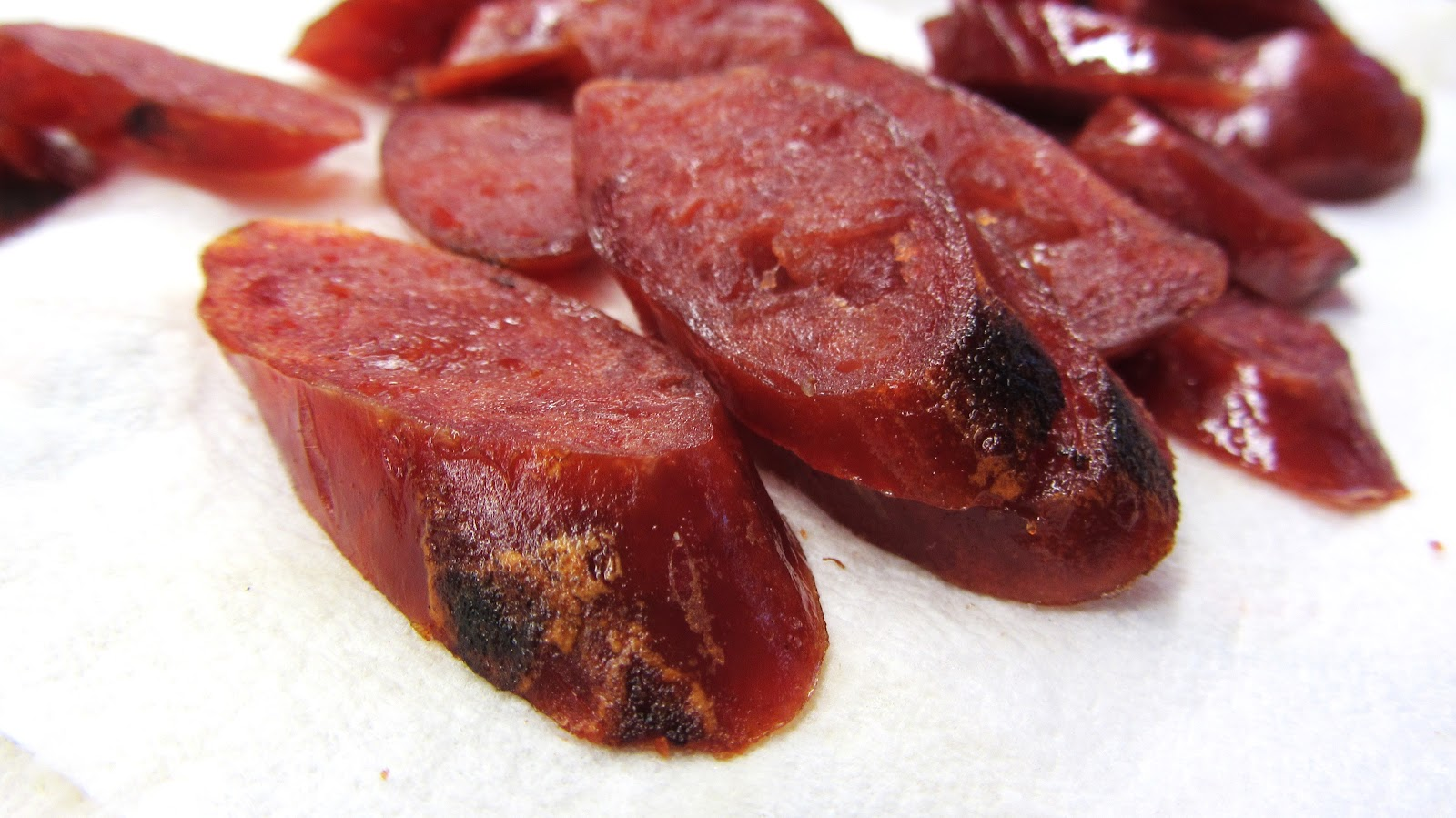 Let's eat.....simple!: Yum-Kun-Chiang / Spicy Chinese Sausage Salad