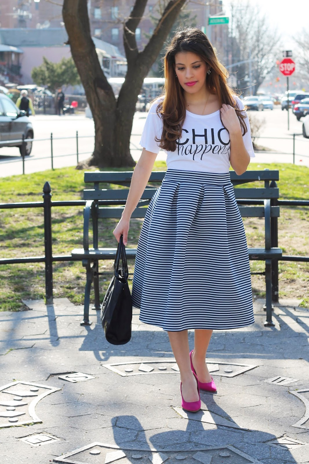 shirt club, chic, chichappens, midi skirt, skirt, tulip skirt, spring, spring fashion, chic seams, rosewood, roosewoodboutique, fuchsia, pumps, stripes, tory burch, old navy, pleated skirt, navy, white, fashion, ella nylon tote, tote, girl, girly, simple, beautiful, cool, blogger, personal style, fashion blogger, new york, baby blue
