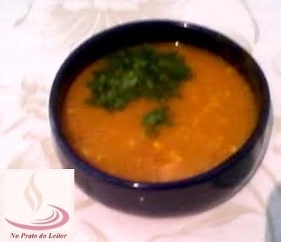 Esta sopa de abóbora foi feita pela Renata, leitora aqui do blog.