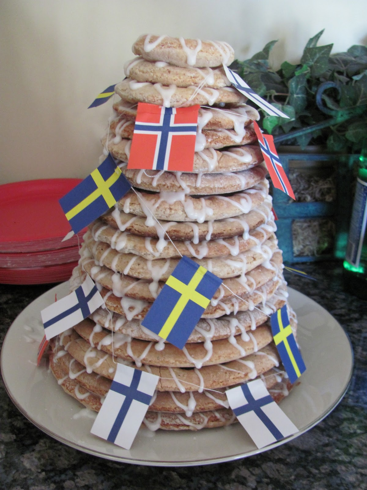 com scandinavian ring cake kransekake ring cake cake scandinavian ring ...